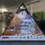 espositore piramidale con stampa in pvc