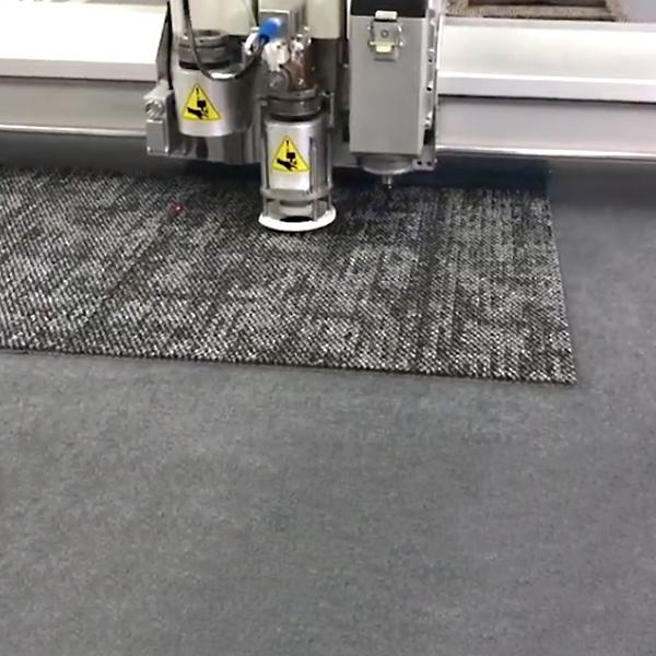 Tagli automatici materiali flessibili