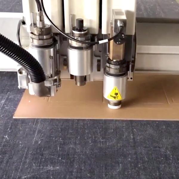 Sistema di taglio automatico cartone