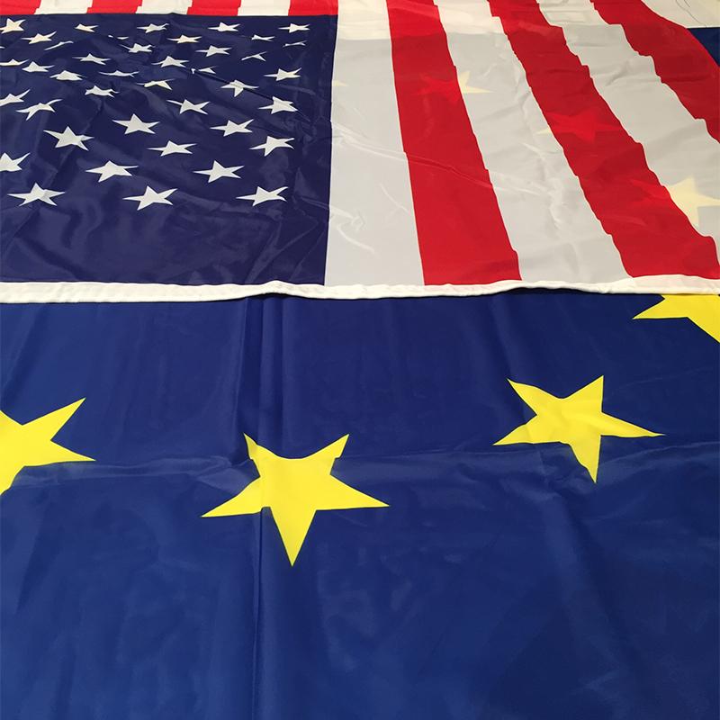 Confezione bandiere istituzionali